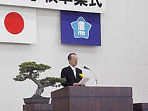 【平成28年度農大卒業式に来賓として同窓会長が出席しました】