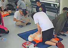 救急法の講習会を行いました