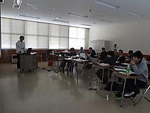 来年度の模擬経営に向けて、「実践コース計画発表会」開催